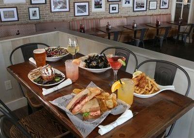 Harrys_Table_Of_Food